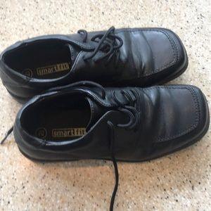 Boys dress shoes size 2 1/2